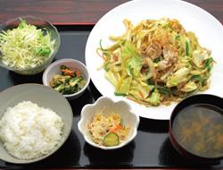豚肉たっぷり野菜炒め定食