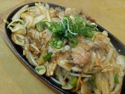 豚肉と玉ねぎの生姜焼き